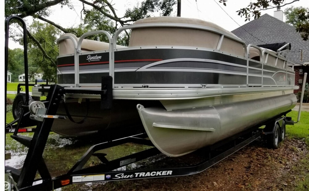 Sun Tracker Party Barge 24 DLX Signature Series 2015 Sun Tracker Party Barge 24 DLX Signature Series for sale in Gonzales, LA