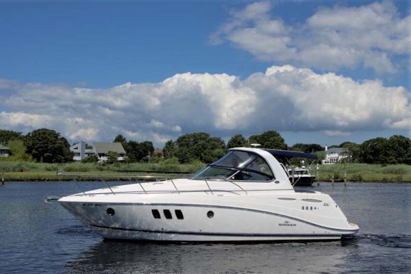 Rinker 360 Express Cruiser Profile
