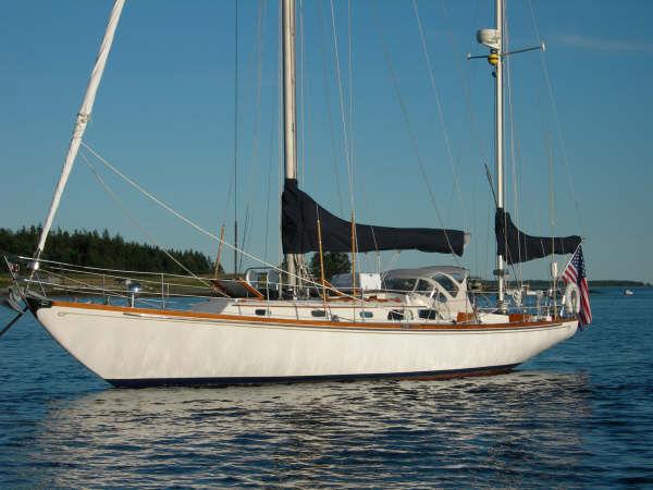 Hinckley Bermuda 40 MK III Yawl Photo 1