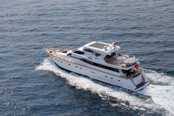 Azimut AZ 83 Circus at sea