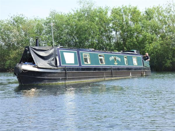 Narrowboat Triton