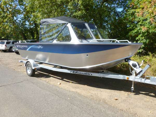 Duckworth 20' Advantage Outboard