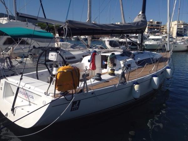 J Boats J 122 E