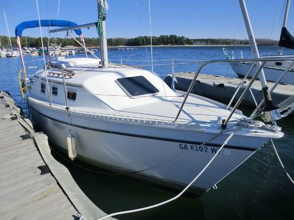 Watkins 25 Starboard View at Dock