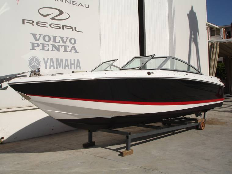 Cobalt Cobalt Boats COBALT 230 BR