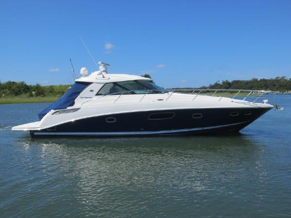 Sea Ray 450 Sundancer Profile