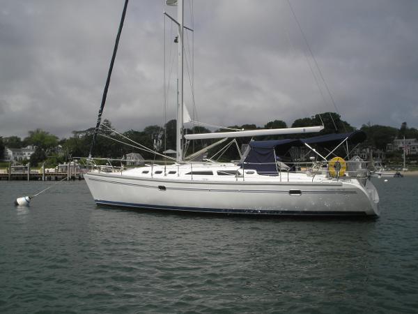 Catalina 400 MkII On mooring