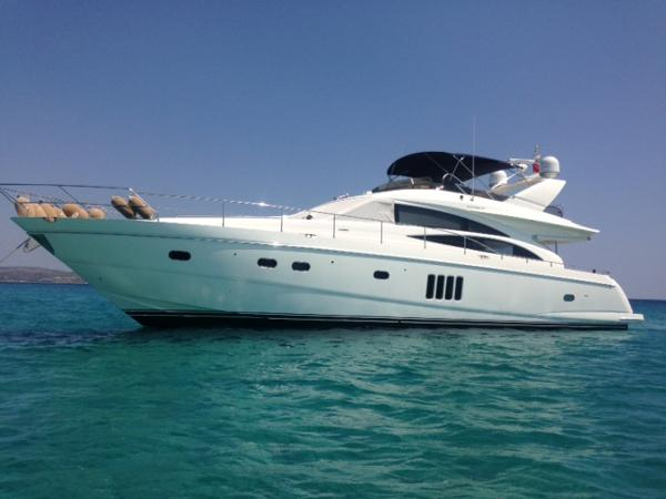Princess 67 Flybridge Princess 67 Flybridge