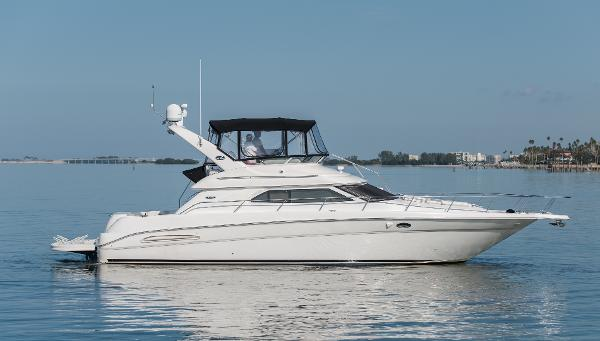 Sea Ray 450 Express Bridge Profile