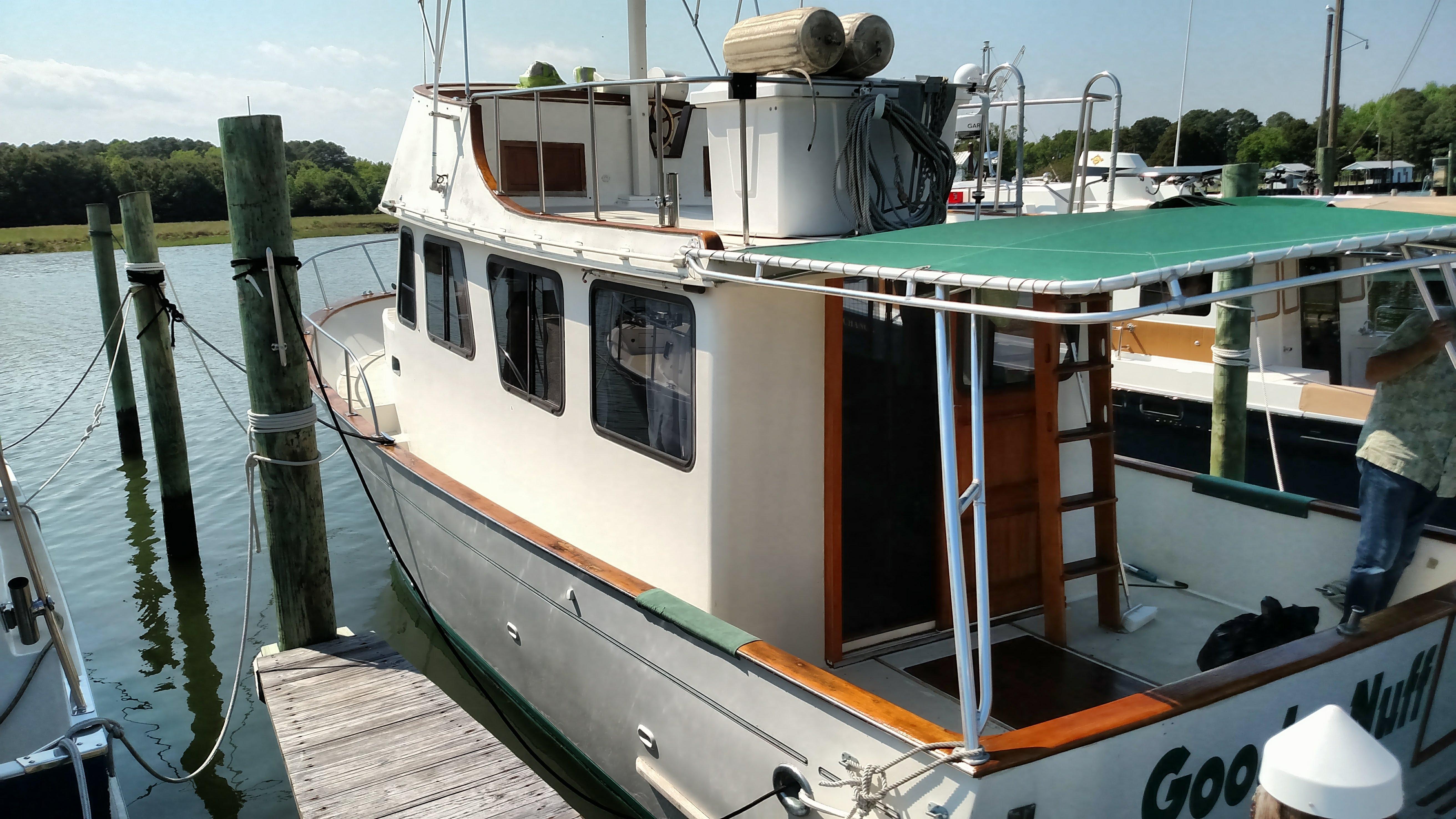 Marine Trader 34 74 Marine Trader port side