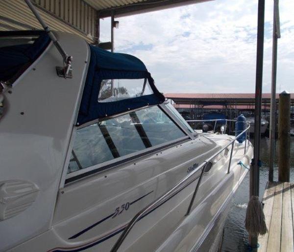 Sea Ray 330 Sea Ray