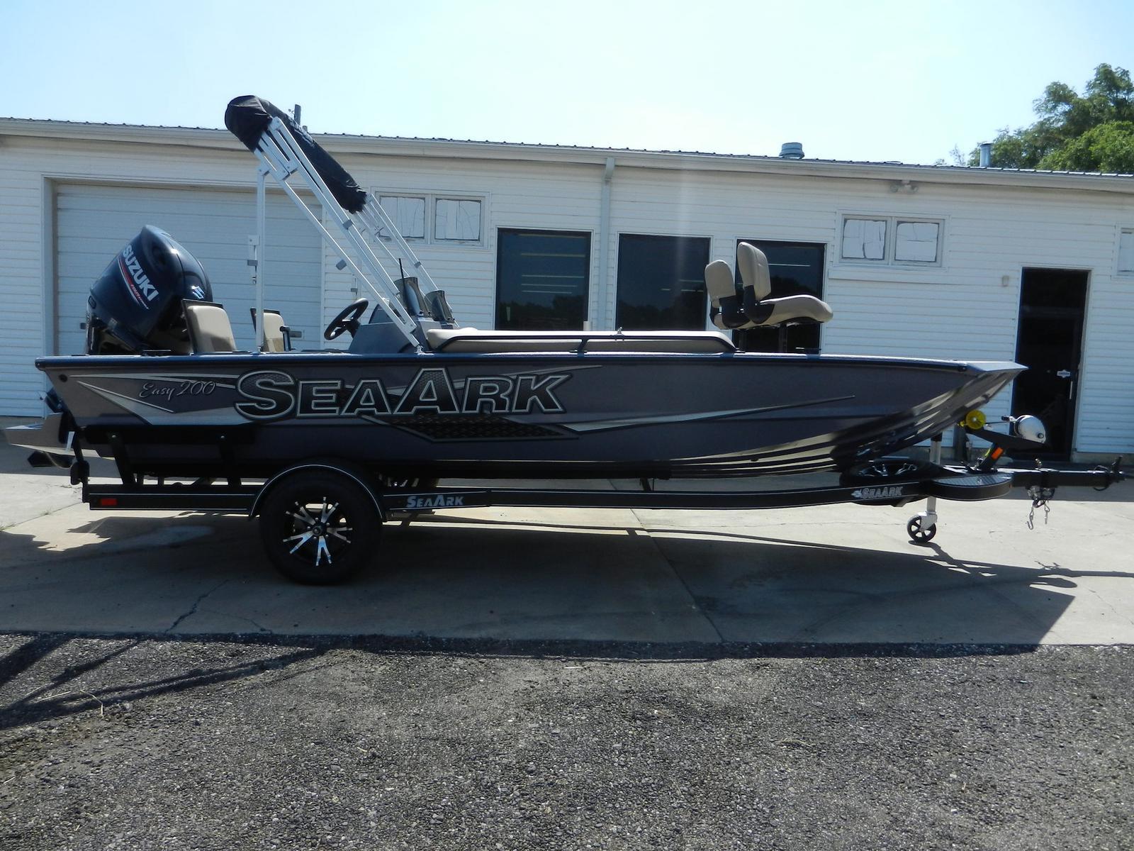 SeaArk Easy 200
