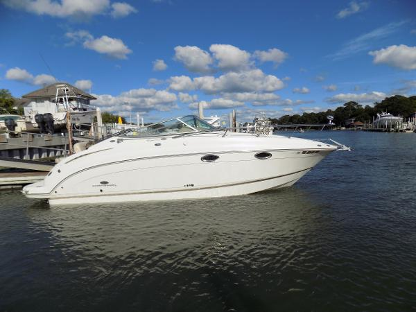 Chaparral 276 Signature Cruiser