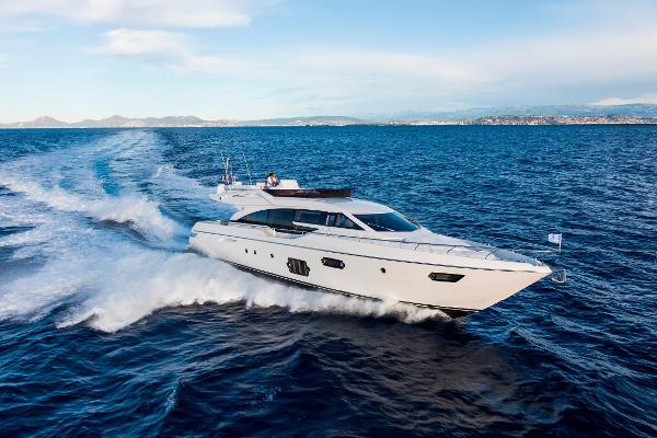 Ferretti Yachts 690 2014 Ferretti 690 - Profile