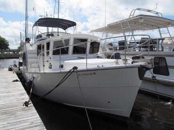 Mariner Seville Pilothouse Profile