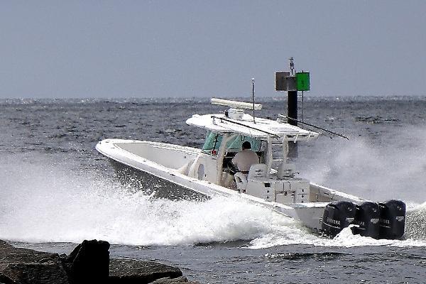 Everglades Boats 350 Cc Ocean Bound Port Everglades Inlet