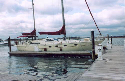 Ferretti Yachts Altura 422 Ketch Rigged Photo 1