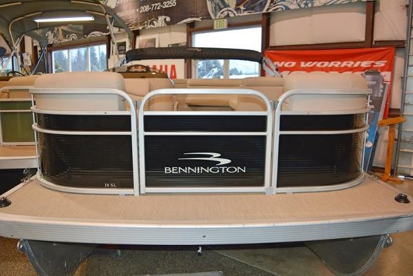 Bennington 18 SL