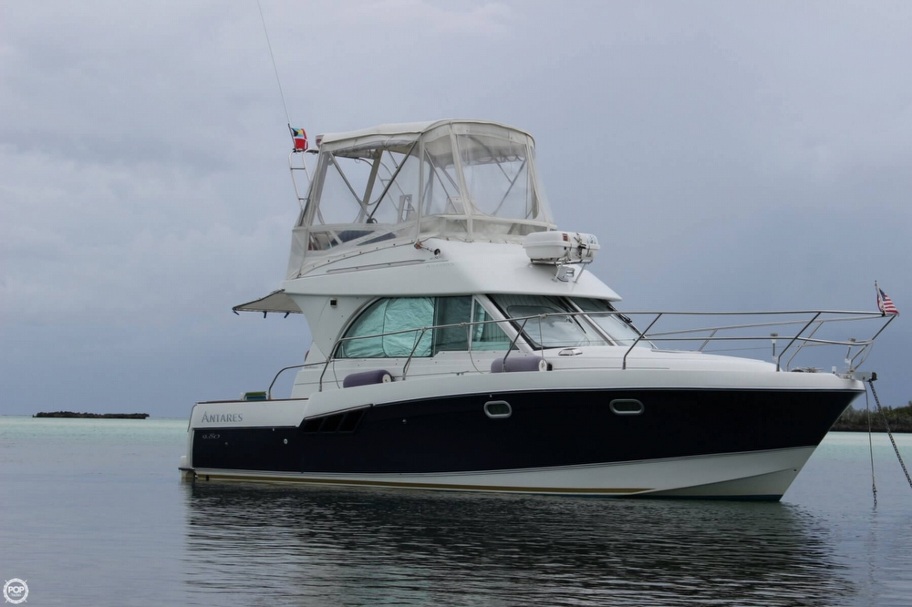 Beneteau Antares 9.8 2005 Beneteau Antares 9.8 for sale in Fort Pierce, FL