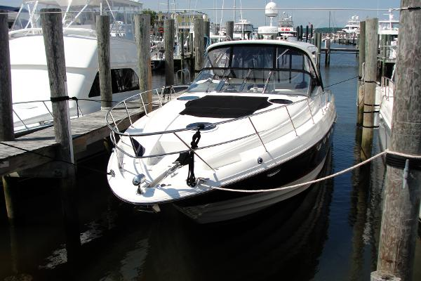 Regal 4460 with IPS 500 4460 Sportyacht