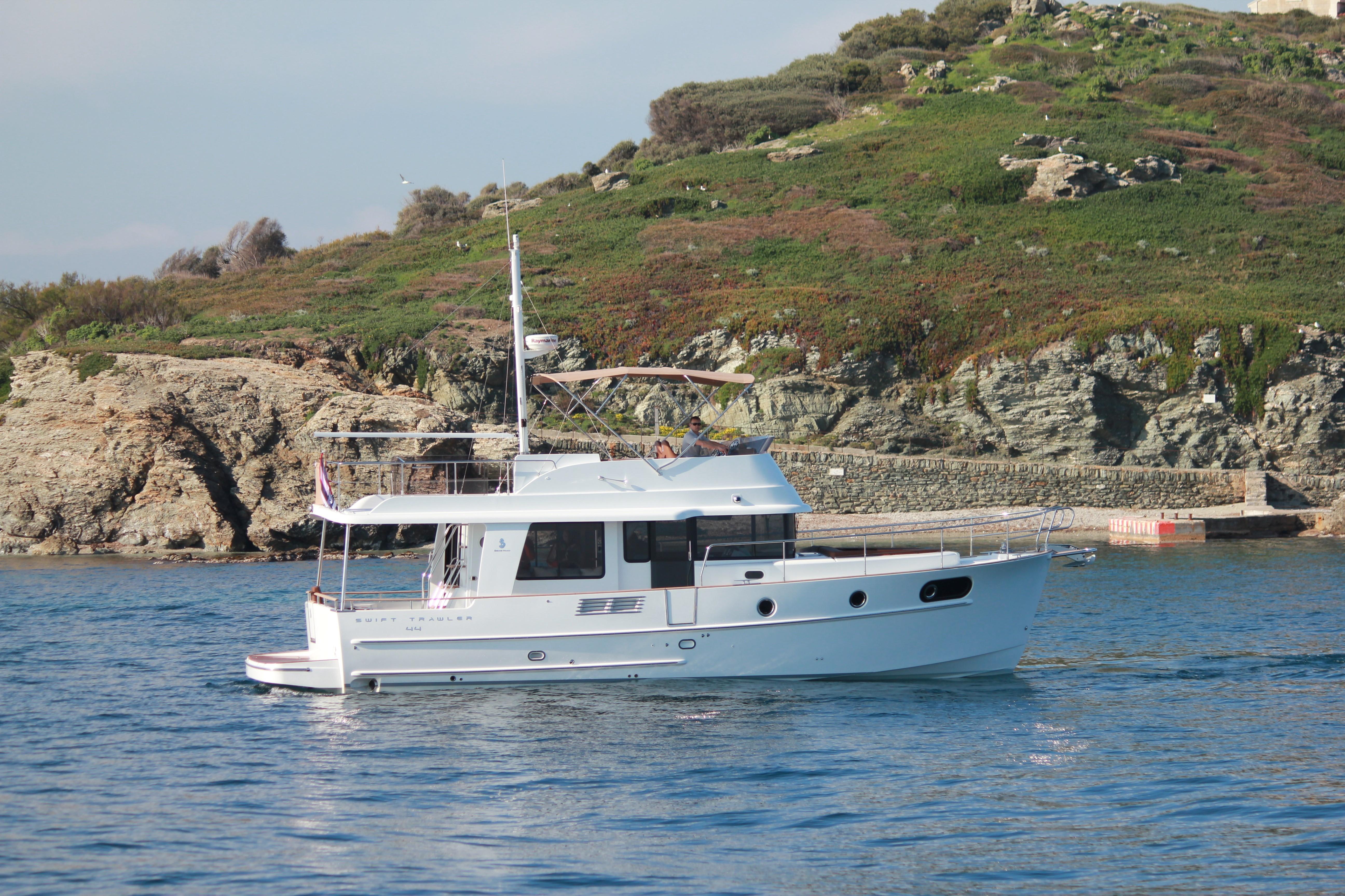 Beneteau Swift Trawler 44 Beneteau Swift Trawler 44 Brochure shot