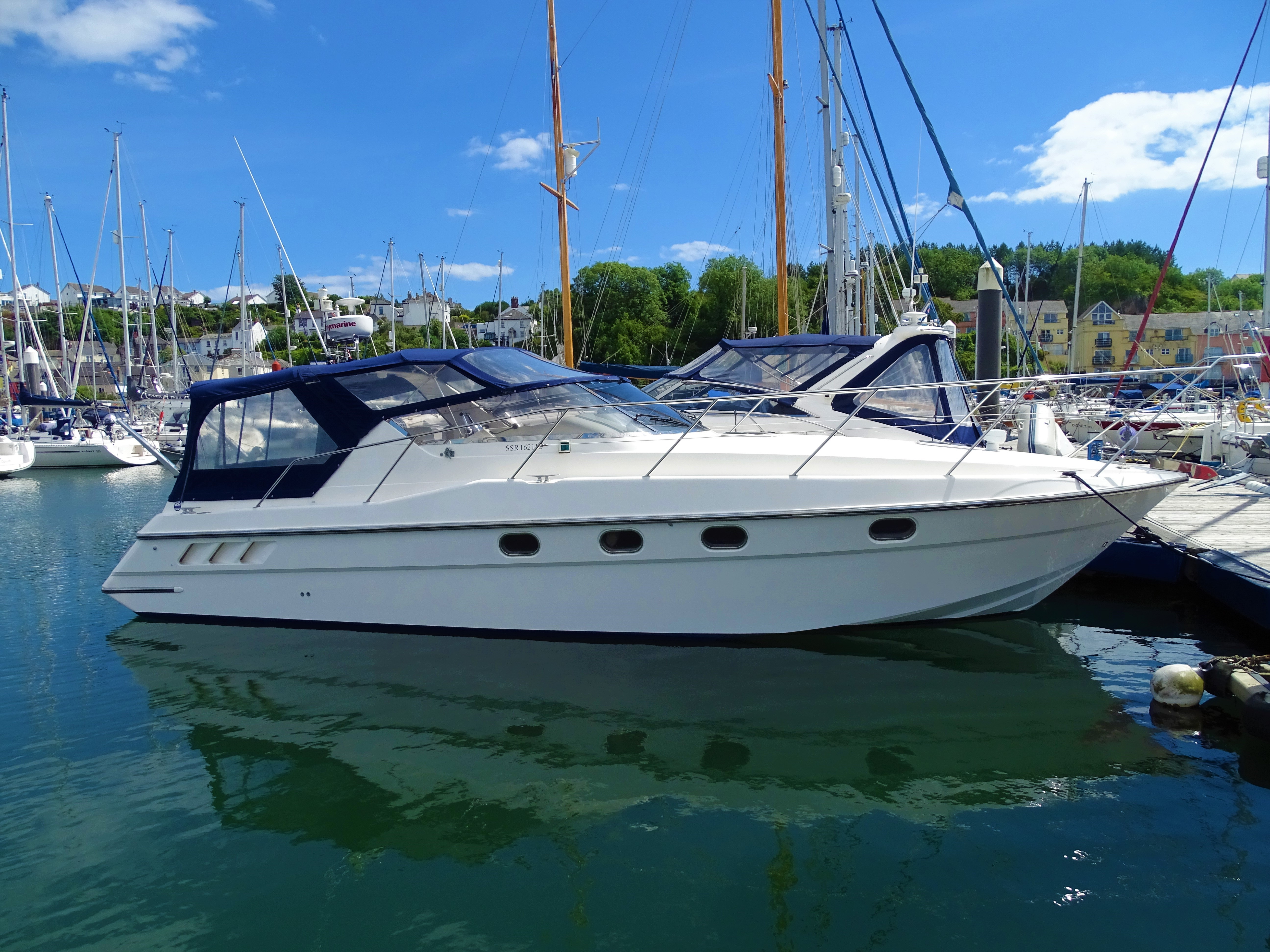 Fairline Targa 34 Cover shot