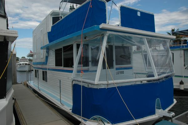 Vickers Houseboat