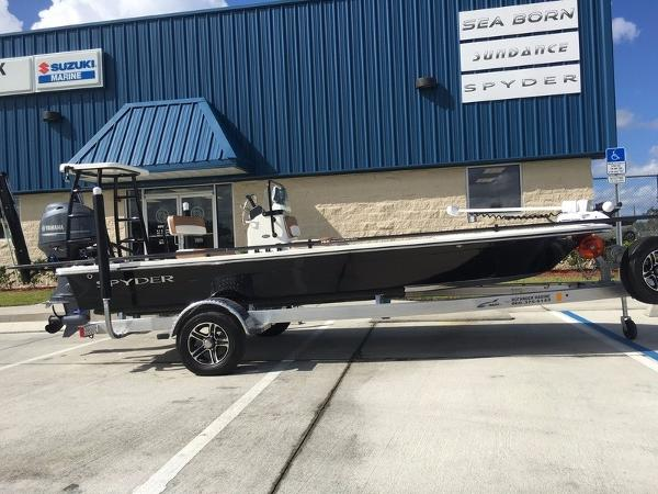 Spyder Boats FX17-Flicker