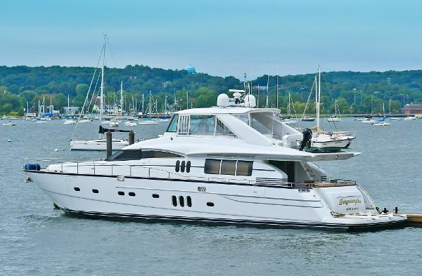 Princess 84 Flybridge Port Side