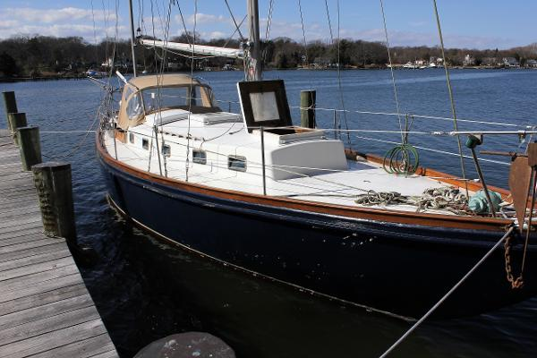 Custom Rhodes Design 43' Yawl