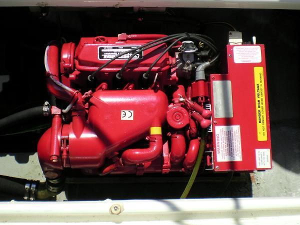 30' Luhrs Alura 1987 New generator