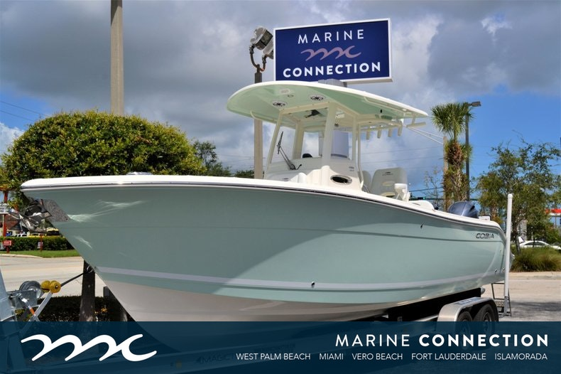 Cobia 262 CC Center Console