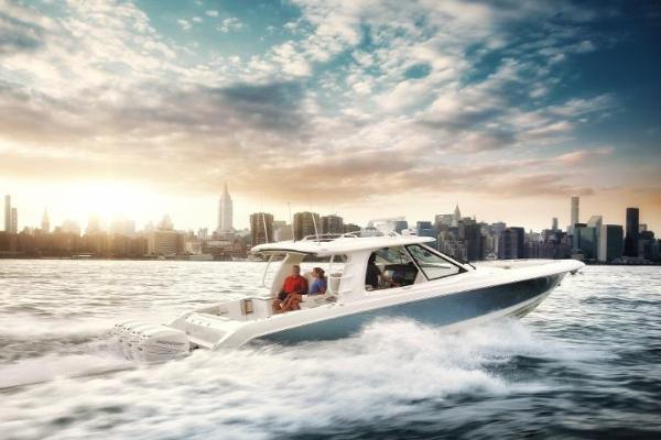 Boston Whaler 380EX
