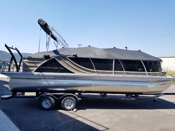 2018 24 Foot South Bay Pontoon Boat For Sale at Captain's Marine in Kalispell Montana 200 HP Mercury Motor