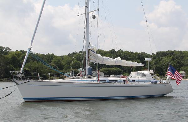 Nautor Swan 48 P hull