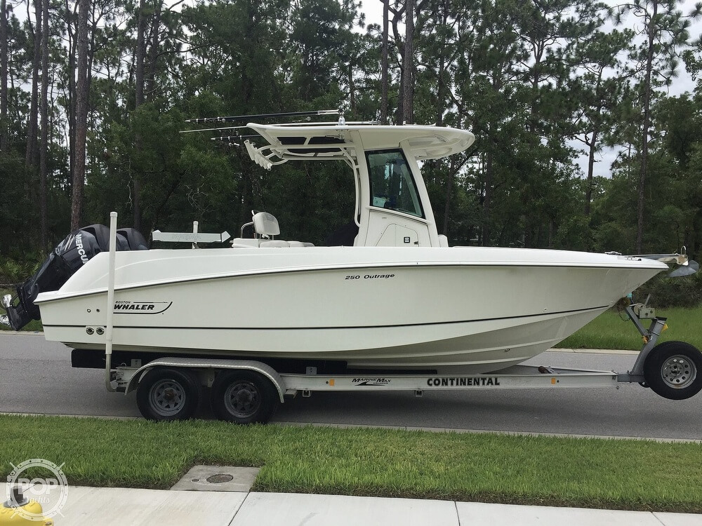 Boston Whaler 250 Outrage 2014 Boston Whaler 24 for sale in Ponce Inlet, FL