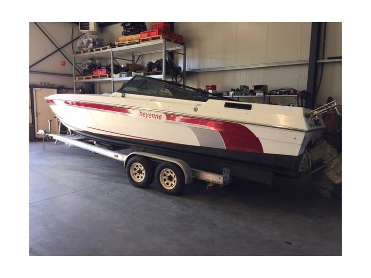 C&B Nautica Boat/Bayliner/Baja/Searay 2x BMW 6cil
