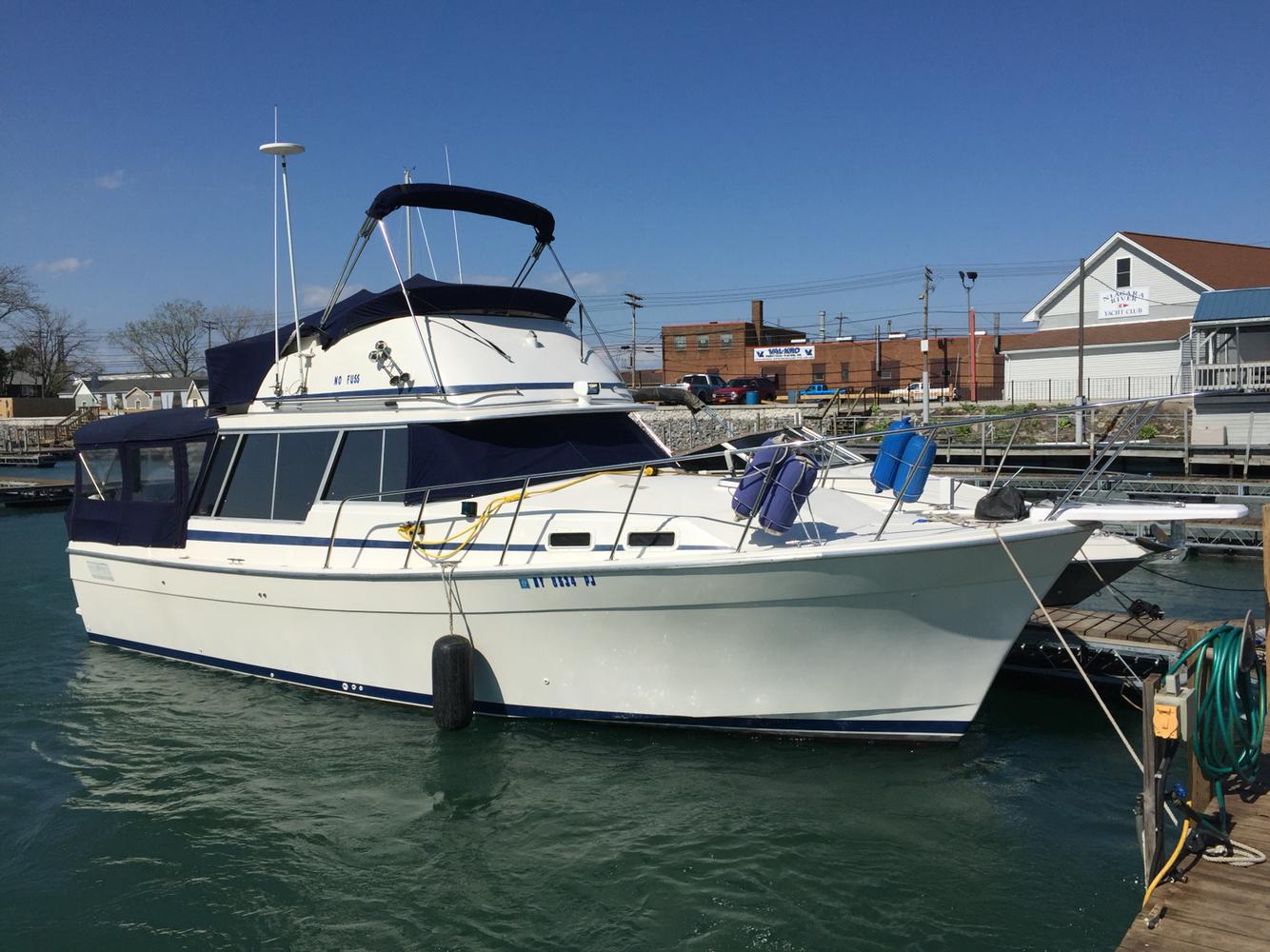 Bayliner 3270 Explorer Trawler