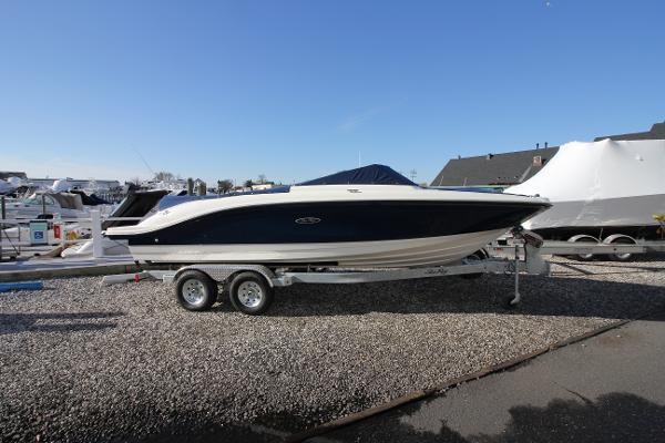 Sea Ray 210 SPX