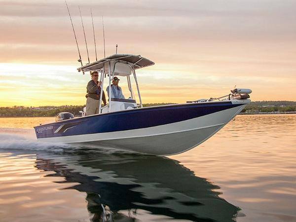 Crestliner 2200 BAY 150HP T-TOP