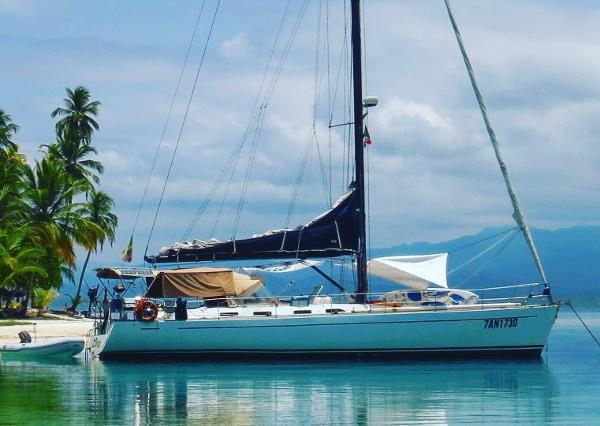 Custom Class Yachts 53s