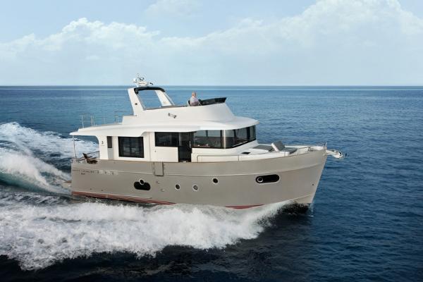 Beneteau Swift Trawler 50 Beneteau Running