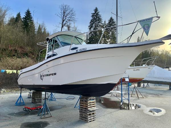 Striper 2601 Walkaround