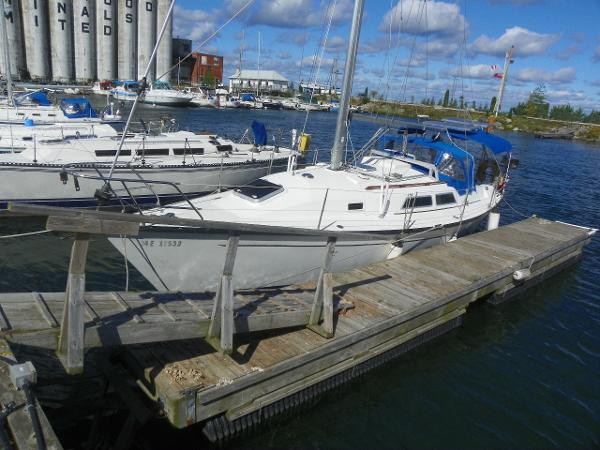 Mirage Yachts 35