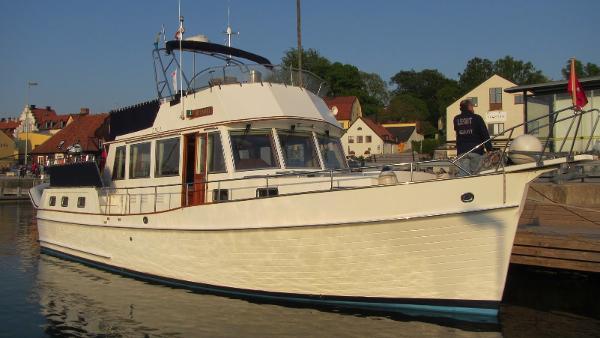 American Marine GRAND BANKS 46 Motoryacht IMG_0801