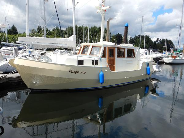 Trawler Steel Tri-Cabin