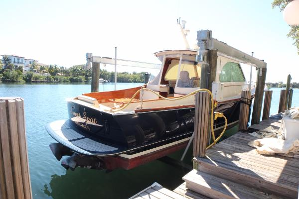 Hinckley Picnic Boat MKIII Dock