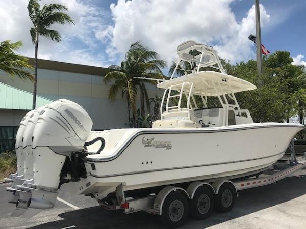Mako 334 CC Sportfish