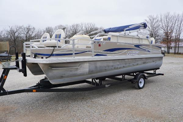 Voyager FISHING DELUXE 20