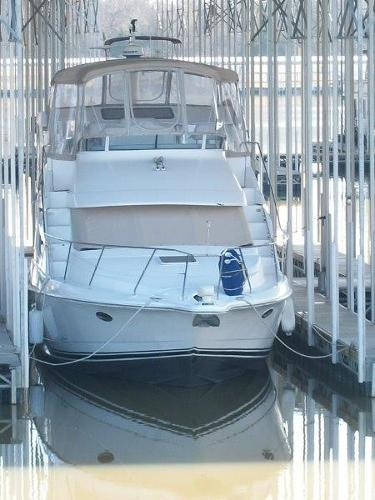 Silverton 352 Motor Yacht Home Under Cover In Fresh Water